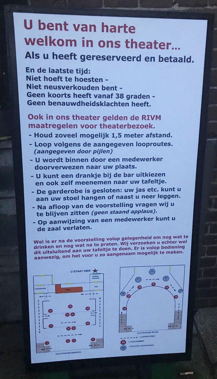 Concertbezoek-in-theater-het-hof